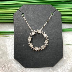 Mom circle necklace, gift for mom